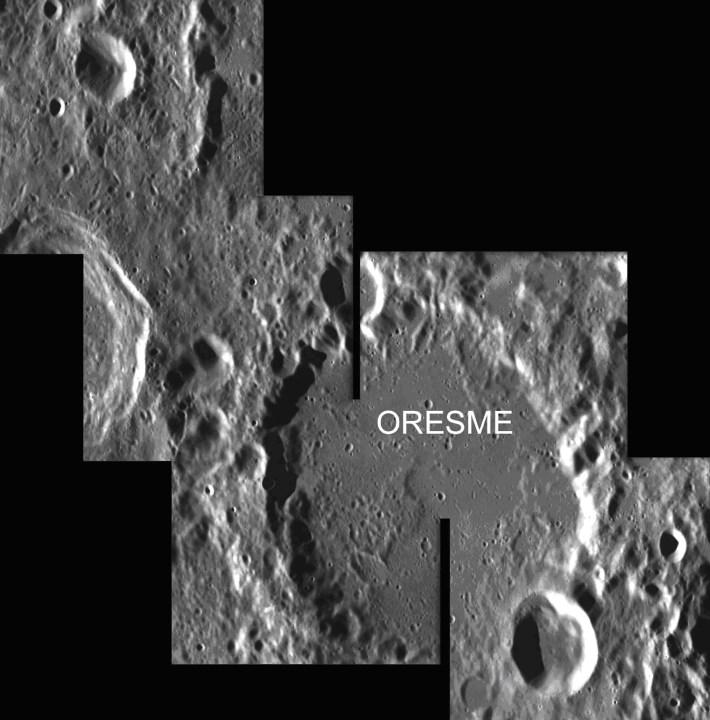 A cratera Oresmo tem 76 km de diâmetro e foi criada na era Nectarian pelo último grande bombardeamento. Esta cratera fica no lado oculto da Lua a noroeste do polo sul lunar.