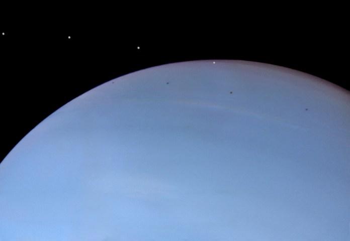 Voyager 2 mostra a lua Despina em trânsito. Crédito: NASA, JPL, Ted Stryk