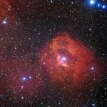 Gum 41: uma paisagem cósmica em escarlate
