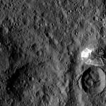 DAWN: Ceres e a montanha solitária