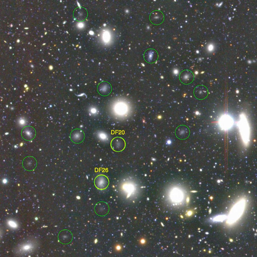 http://www.nbi.ku.dk/Nyheder/nyheder_16/mysterium-om-ultra-diffuse-lyssvage-galakser-loest/image_2944-Ultra-Diffuse-Galaxies1000.jpg