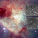 Hubble: Estrelas em fuga revelam o embate gravitacional ocorrido em um sistema que se desmantelou séculos atrás na Nebulosa Kleinmann-Low dentro do Complexo de Órion