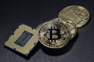 Evolve files prospectus for Canada's first bitcoin ETF
