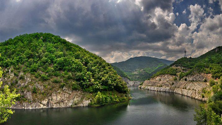 Τα 10 μεγαλύτερα ποτάμια σε μήκος της Ελλάδας με φωτογραφίες