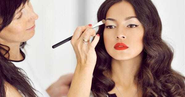 List of 25 Best Vegan Makeup Brushes