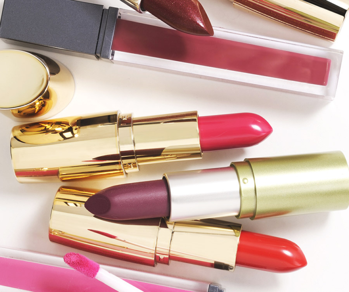 10 Cruelty-Free & Vegan Lipsticks (Beeswax and Carmine Free)
