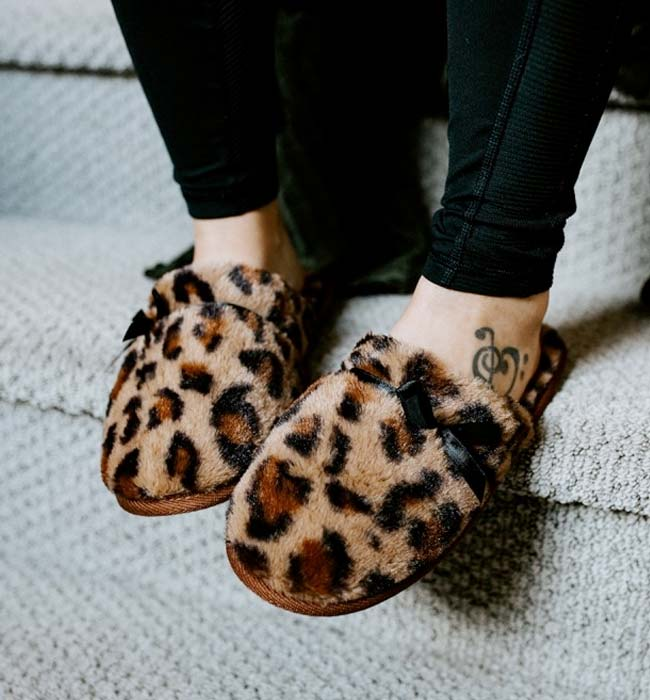 Leopard Print Vegan Fur Slippers