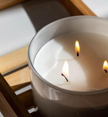 10 Cruelty-Free & Vegan Candle Brands That Just Makes Scents