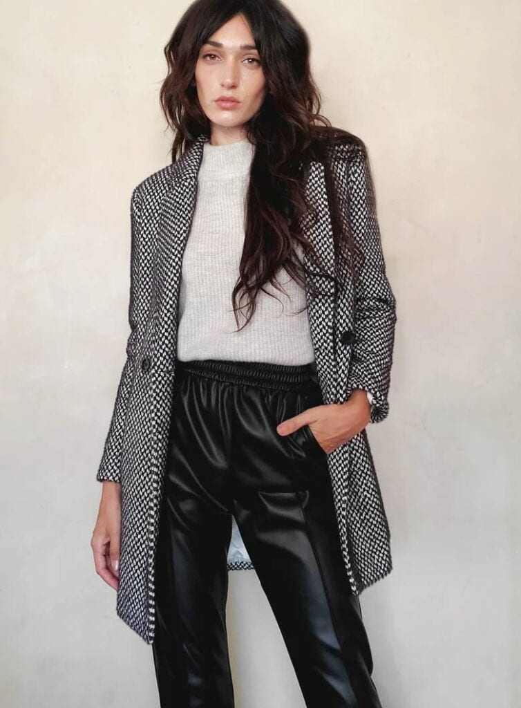 Single-breasted mid-length vegan wool coat