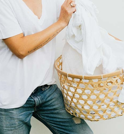 Review of Some Zero-Waste Laundry Products I Tried