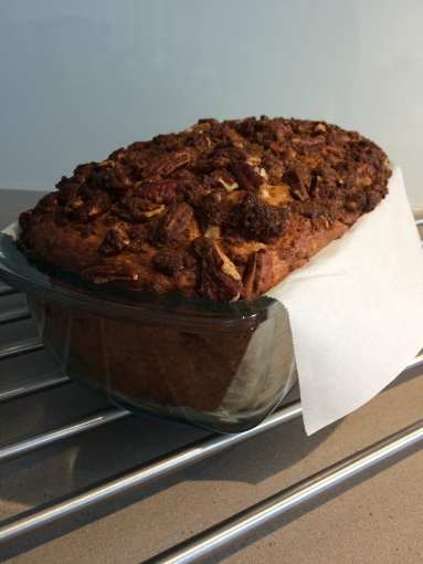 Banana bread with its crumble of Palm Sugar Flower