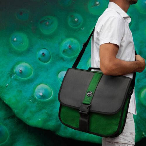 Best Hand – Eco-friendly Briefcase – Green Bottle - Smateria