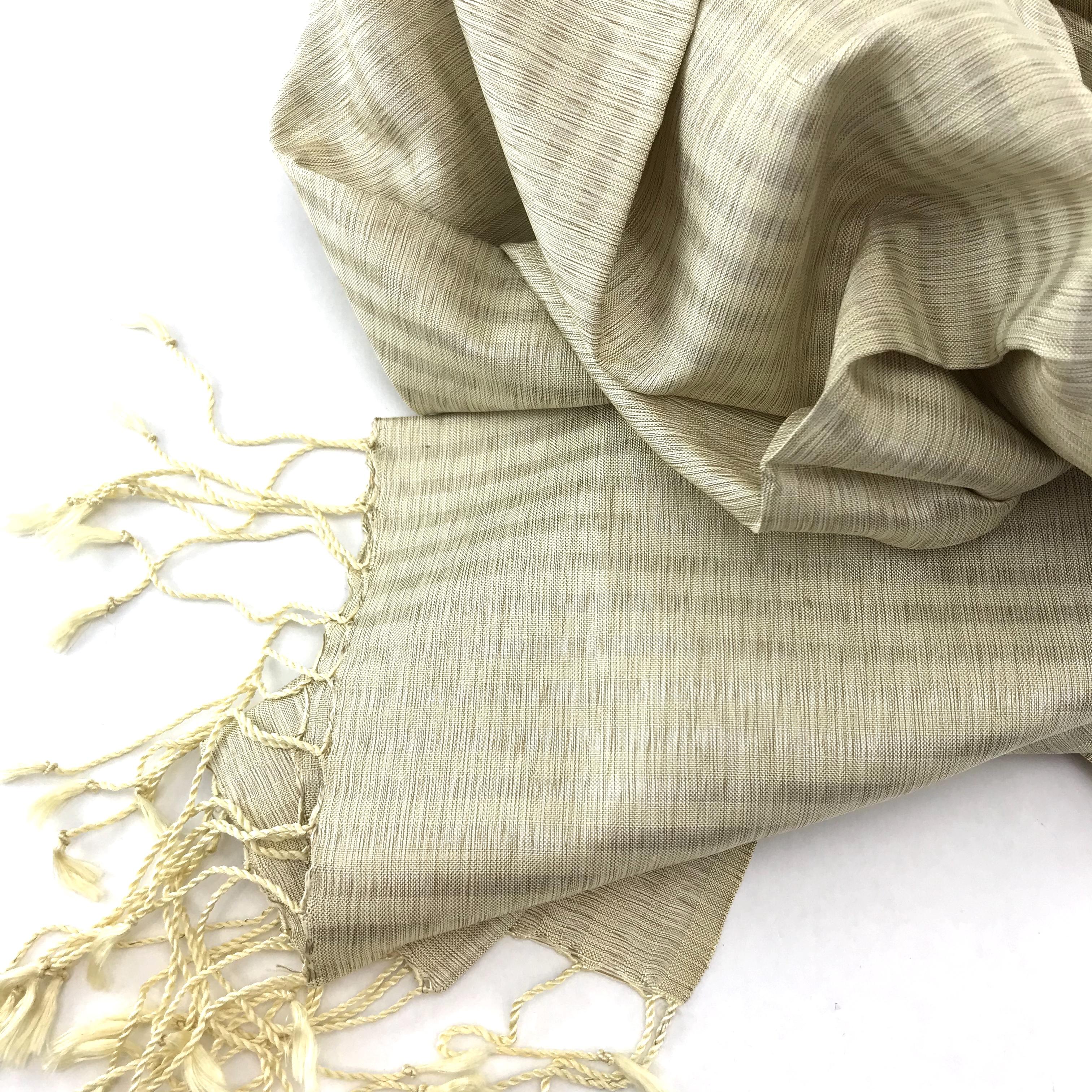 Elegant – Silk Shawl – Ivory