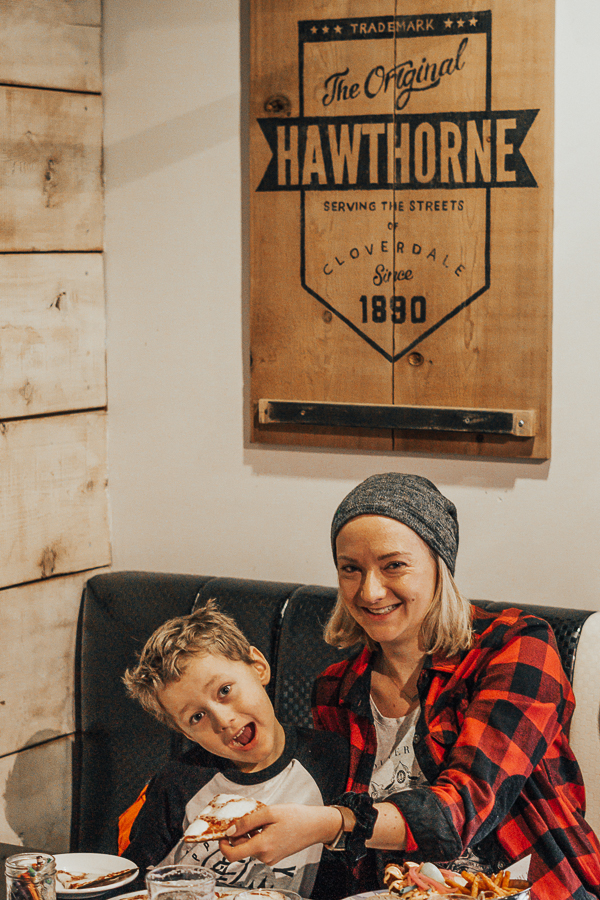 hawthorne-beer-market-cloverdale-christmas-family-things-to-do