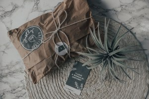uniform-handmade-conscious-gift-ideas-2018