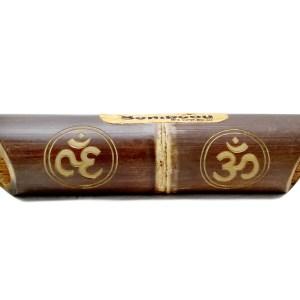Altavoz de bambú grabado Ohm