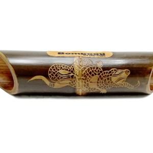 Altavoz de bambú grabado Gecko Skin