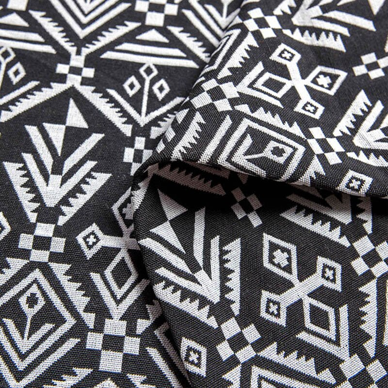 tissu ethnique noir et blanc