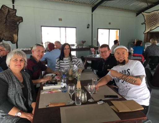 Lunch at Buffelshoek Dirosie Lodge, with Wilna Adriaanse, Pieter du Plessis, Christa du Plessis, Cas Wepener and HemelBesem