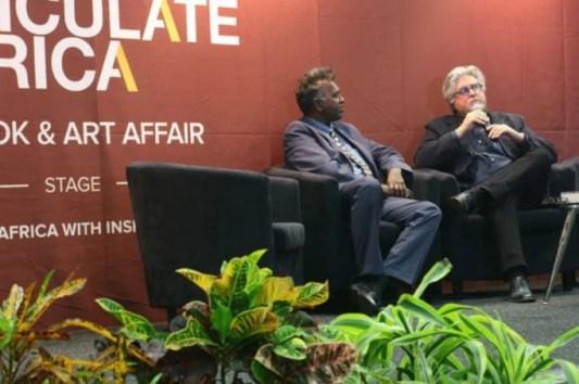Unravelling Die wêreld van Charlie Oeng. Etienne van Heerden (right) in conversation with Darryl David.