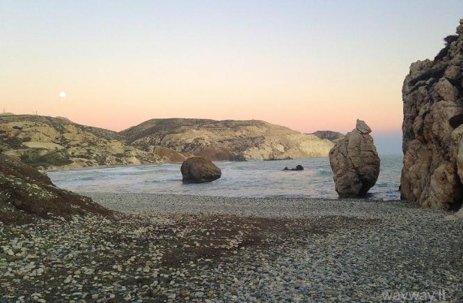 Kipras, Troodos, Platres, Tzielefos, Omodos, Afroditės uolos, savarankiškos kelionės