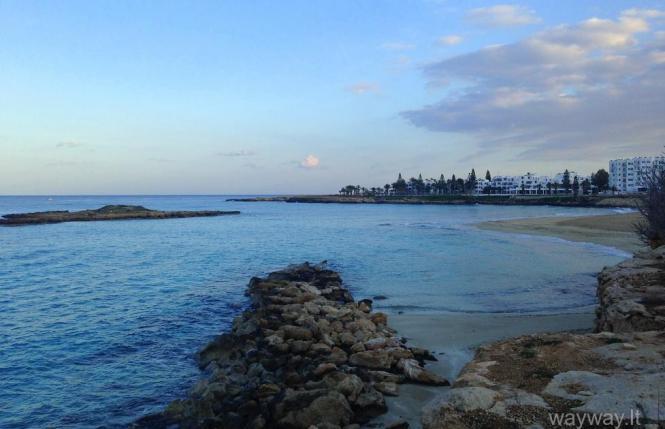 Kipras, Lefkara, Larnaka, Protaras, savarankiškos kelionės, eismas Kipre, druskų ežeras