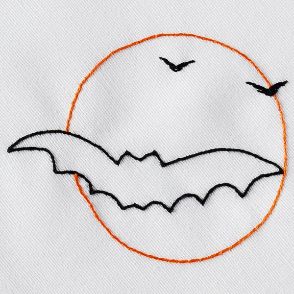 Halloween bat and a full moon embroidery design
