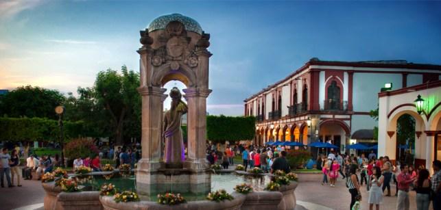 "Jiquilpan de Juárez ""la ciudad de las Jacarandas"" 0"