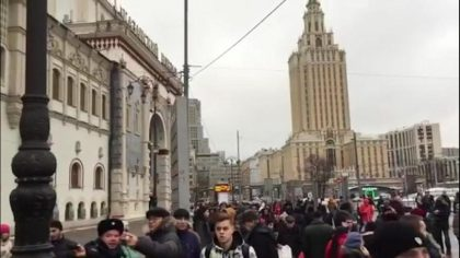 Moscow railway stations evacuated over bomb threat