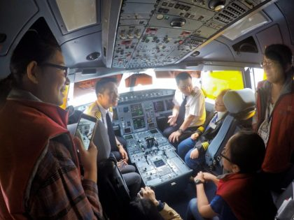 Hong Kong Airlines hosts its first Junior Program for Taiwan students