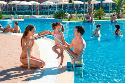 RIU aims to attract family tourism in Torremolinos with ClubHotel Riu Costa del Sol