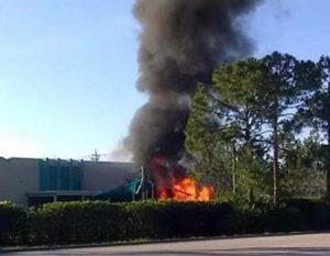 Small plane crashes into Florida daycare center