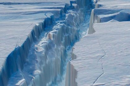 Twice the size of Luxembourg: Larsen C iceberg breaks free from Antarctica
