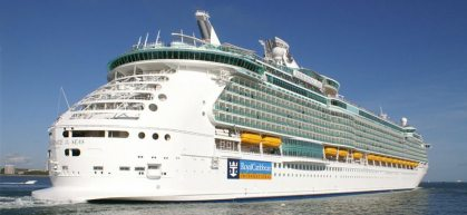 Minor cruise passenger dies from tainted food: Who is liable?