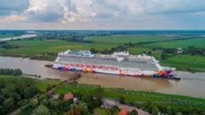 Genting Cruise Lines begins river conveyance of World Dream