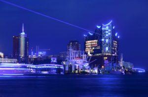 """Blue Port"" Illumination starts spectacular Cruise Week in Hamburg"