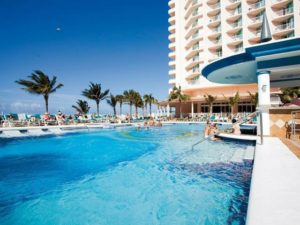 """Riu Palace Paradise Island reopens in the Bahamas as an """"Adults Only"""" hotel"""