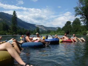 Tourist suffers injury while inner-tubing on Yakima River: Is rental company liable?