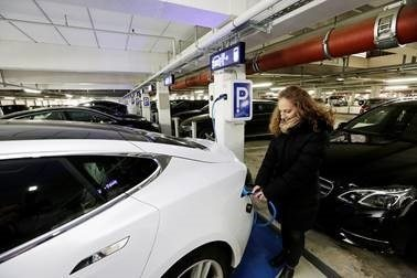 More electric vehicle parking spaces at Frankfurt Airport