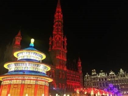 Landmarks across Europe honor EU-China Tourism Year
