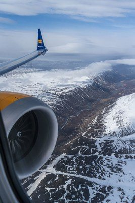Iceland Air flies out of their way for breathtaking scenery