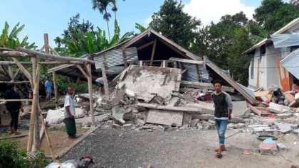 Powerful Lombok earthquake kills 19 people, prompts tsunami warning