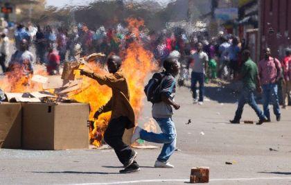 Travel to Zimbabwe: U.S. White House issues statement on national emergency