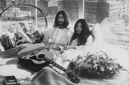 Fairmont The Queen Elizabeth hotel celebrates 50th Anniversary of John Lennon & Yoko Ono's Bed-in for Peace