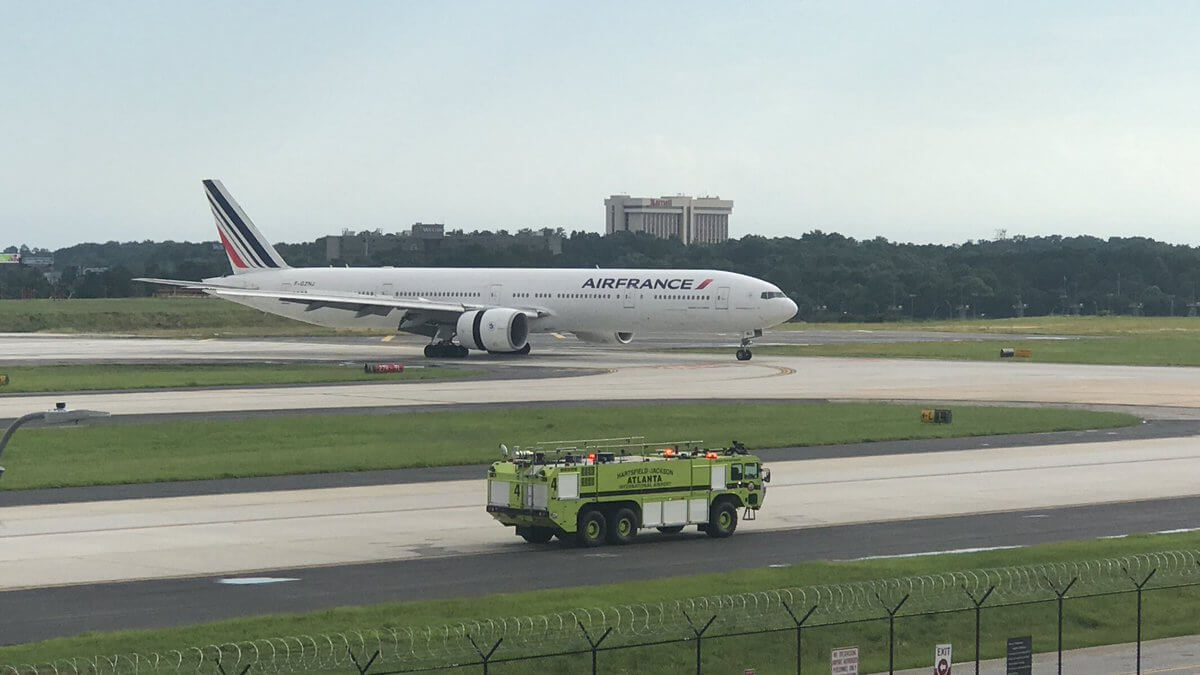 Air France Engine Failure forced Boeing 777 to make a hard emergency landing in Atlanta — Tourism News | eTN.travel