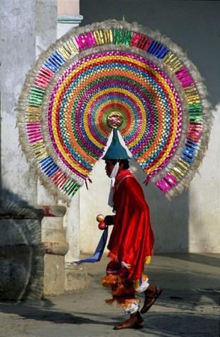la-dansa-dels-quetzales-puebla-mexico