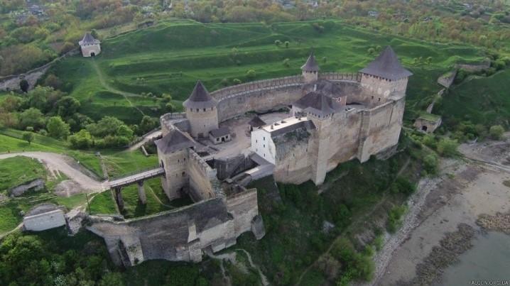 фортеця на дністрі