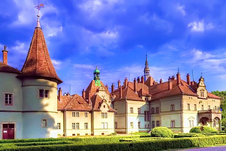 Замки Закарпатья - Дворец графов Шенборнов (санаторий «Карпаты»)
