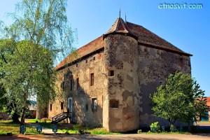 Замки Закарпаття - Сент-Міклош