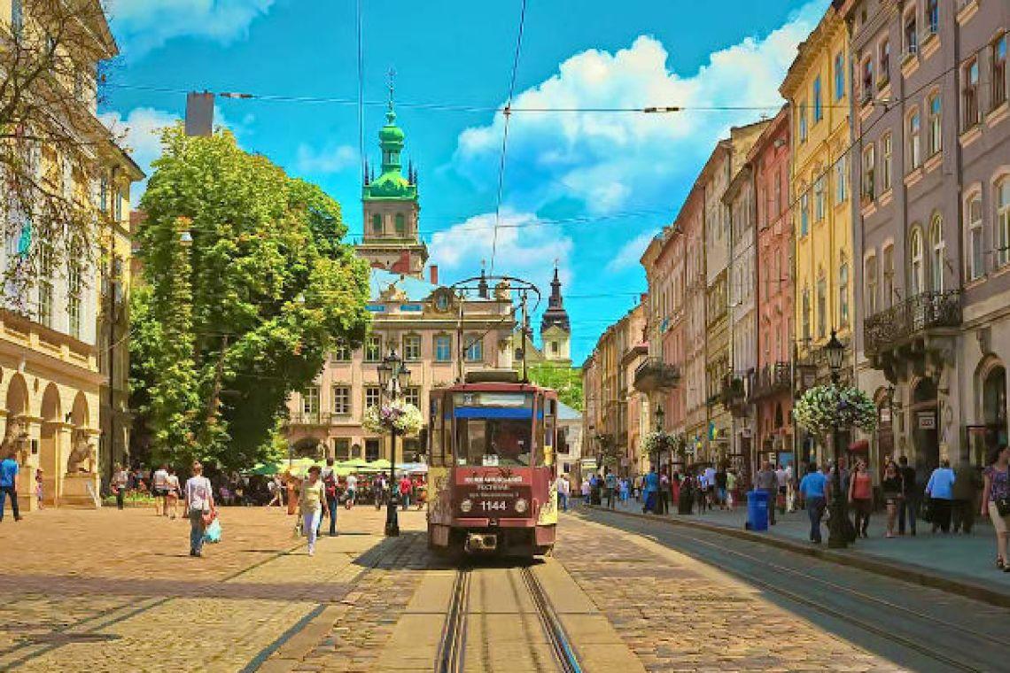 Автобусна екскурсія Львовом